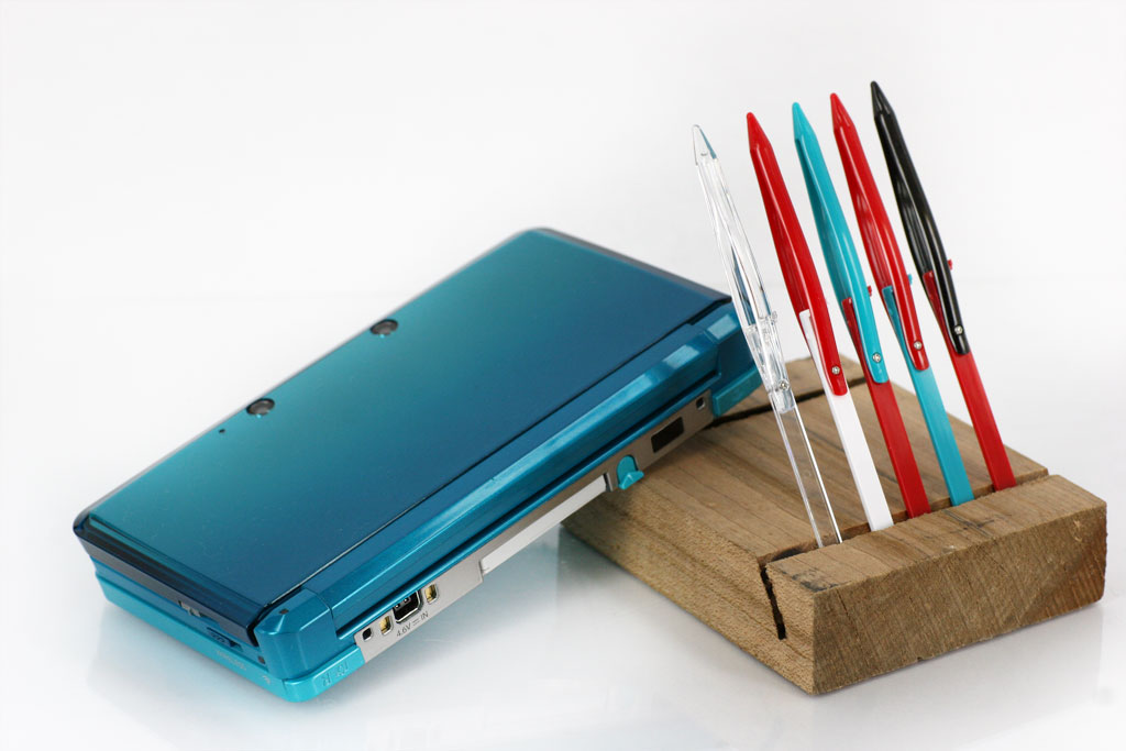 XStylus Crayon, a transforming wide-grip touch pen for the Nintendo 3DS, DS Lite by GreenBulb