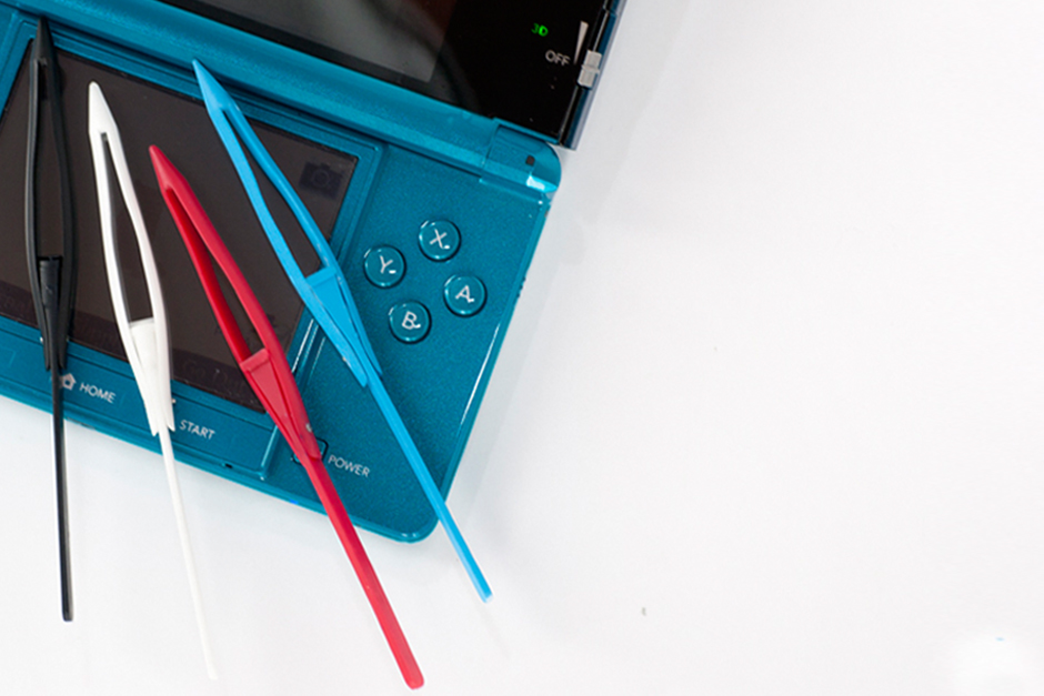 4 colors XStylus Crayon on Nintendo 3DS